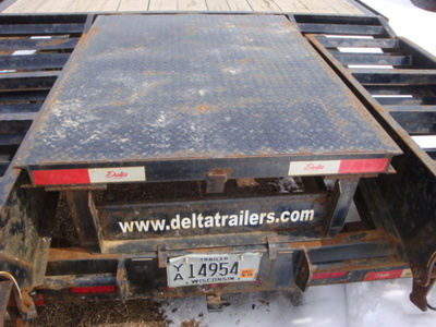 USED 2015 DELTA MFG INC 38' GOOSENECK TRAILER #1989-9