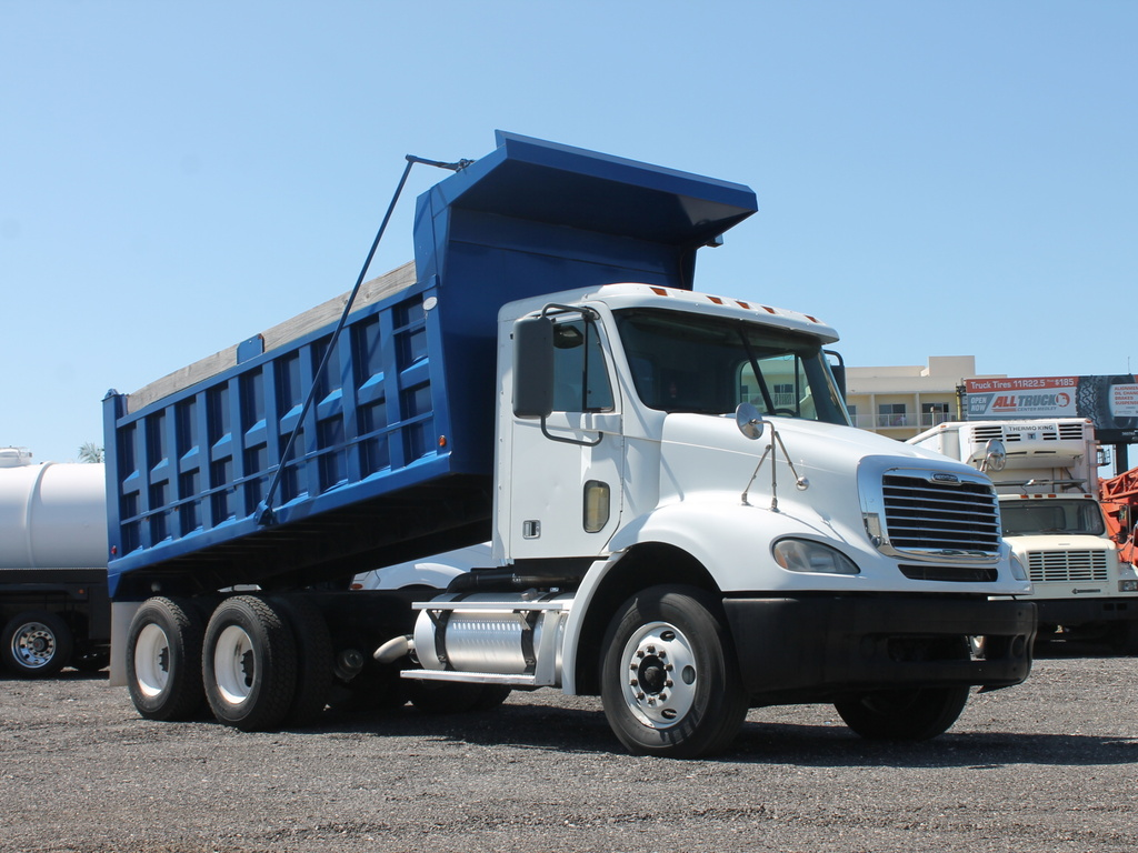 USED 2007 FREIGHTLINER COLUMBIA T/A STEEL DUMP TRUCK #54818