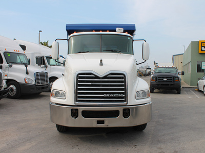 USED 2009 MACK PINNACLE CXU612 S/A STEEL DUMP TRUCK #2502-3