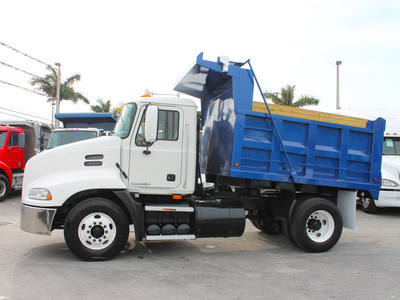 USED 2009 MACK PINNACLE CXU612 S/A STEEL DUMP TRUCK #2502-4