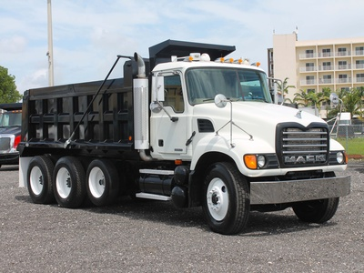 USED 2006 MACK GRANITE TRI-AXLE STEEL DUMP TRUCK #2551-1