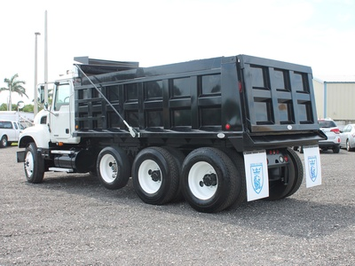 USED 2006 MACK GRANITE TRI-AXLE STEEL DUMP TRUCK #2551-6