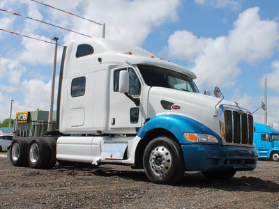 USED 2005 PETERBILT 387 TANDEM AXLE SLEEPER TRUCK #2566-18