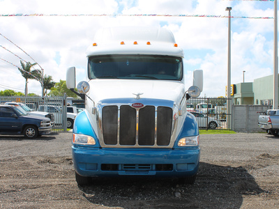 USED 2005 PETERBILT 387 TANDEM AXLE SLEEPER TRUCK #2566-2