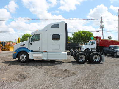 USED 2005 PETERBILT 387 TANDEM AXLE SLEEPER TRUCK #2566-3