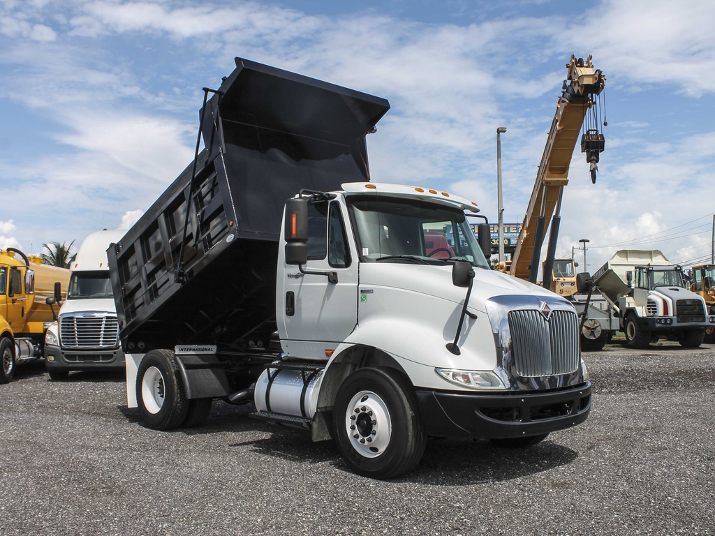 USED 2010 INTERNATIONAL 8600 S/A STEEL DUMP TRUCK #88801