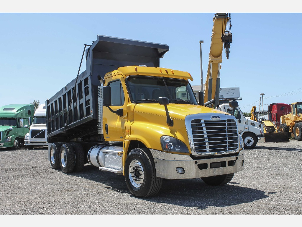USED 2012 FREIGHTLINER CASCADIA T/A STEEL DUMP TRUCK #2814