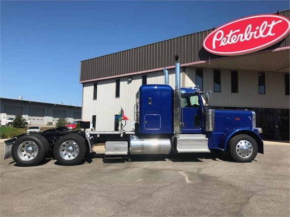 NEW 2019 PETERBILT 389 SLEEPER TRUCK #1415