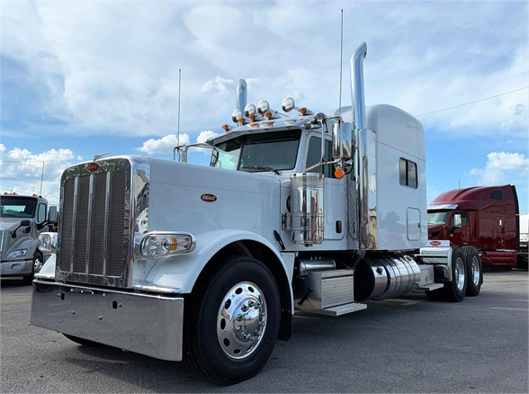 NEW 2020 PETERBILT 389 SLEEPER TRUCK #1988-2