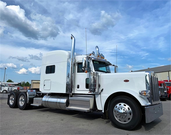 NEW 2020 PETERBILT 389 SLEEPER TRUCK #1988-3