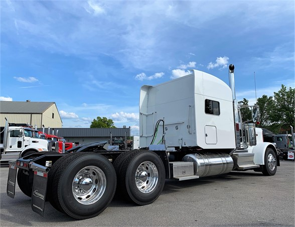 NEW 2020 PETERBILT 389 SLEEPER TRUCK #1988-7