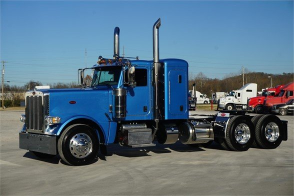 NEW 2020 PETERBILT 389 SLEEPER TRUCK #3064-5