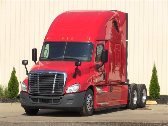 USED 2016 FREIGHTLINER CASCADIA 125 SLEEPER TRUCK #11298