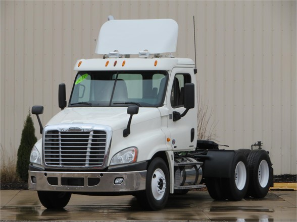 USED 2012 FREIGHTLINER CASCADIA 125 DAYCAB TRUCK #11739