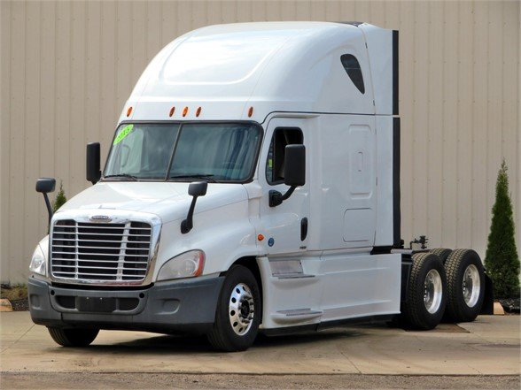 USED 2015 FREIGHTLINER CASCADIA 125 EVOLUTION SLEEPER TRUCK #11818