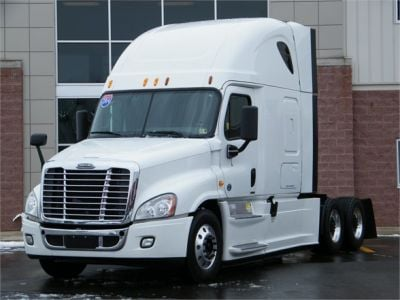 USED 2014 FREIGHTLINER CASCADIA 125 SLEEPER TRUCK #11837-1