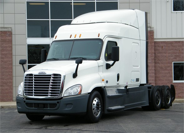 USED 2015 FREIGHTLINER CASCADIA 125 EVOLUTION SLEEPER TRUCK #12022