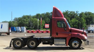 USED 2013 FREIGHTLINER CASCADIA 125 DAYCAB TRUCK #12039-5