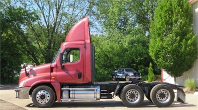 USED 2013 FREIGHTLINER CASCADIA 125 DAYCAB TRUCK #12039-6