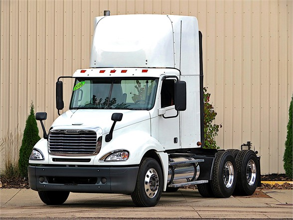 USED 2016 FREIGHTLINER COLUMBIA 120 DAYCAB TRUCK #12137
