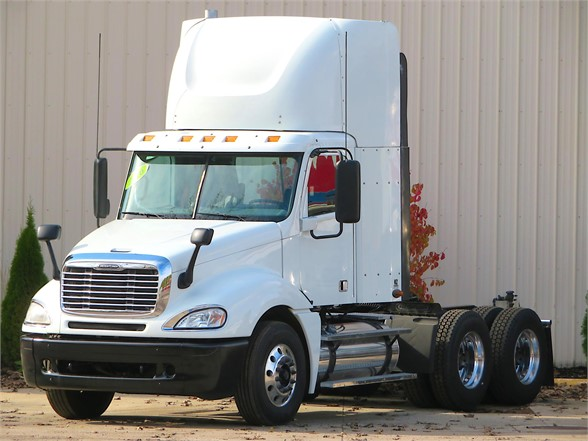 USED 2016 FREIGHTLINER COLUMBIA 120 TRUCK #12150
