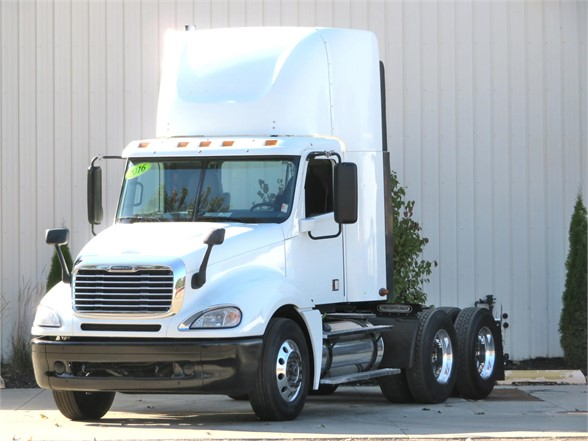 USED 2016 FREIGHTLINER COLUMBIA 120 TRUCK #12163