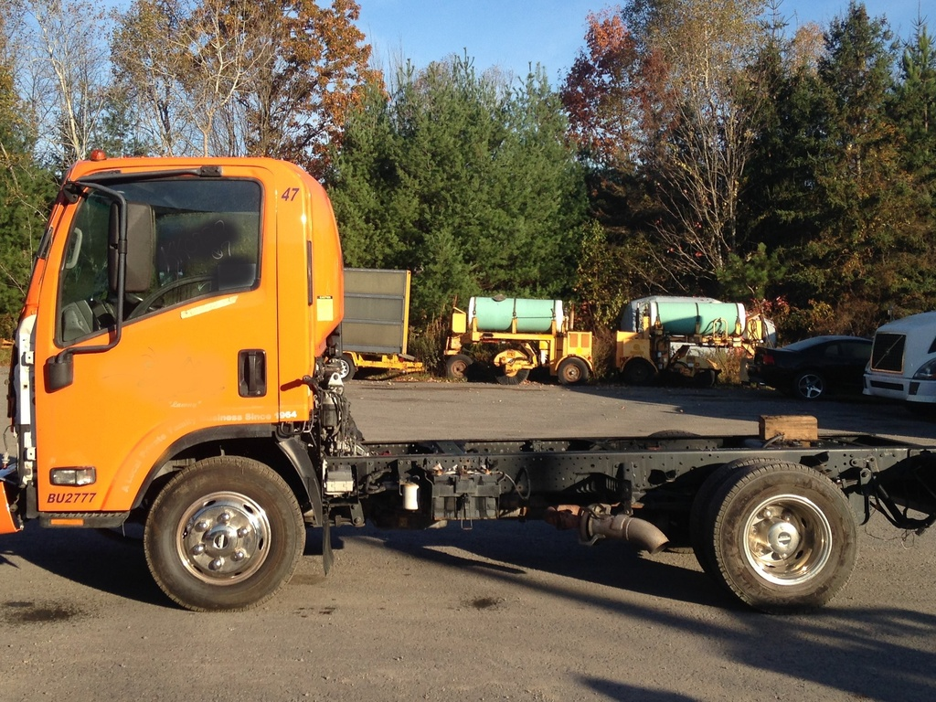 USED 2007 ISUZU W4 CAB CHASSIS TRUCK #1632