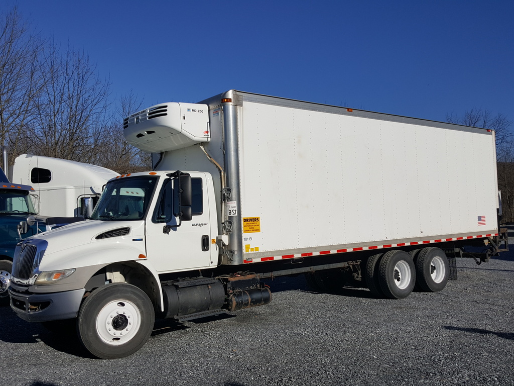 2010 INTERNATIONAL 4400 Reefer Truck