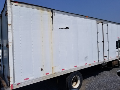 USED 2000 INTERNATIONAL 4900 MOVING TRUCK #8854-4