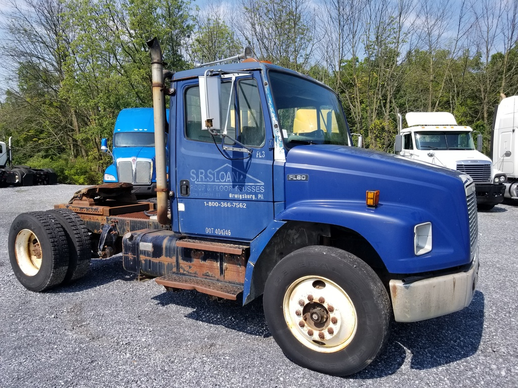 1993 FREIGHTLINER FL80 SINGLE AXLE DAYCAB 591320 Single Axle Daycab