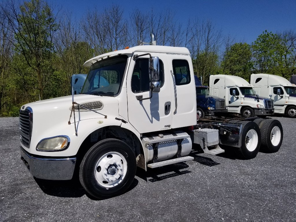 USED 2007 FREIGHTLINER M2 112 TANDEM AXLE DAYCAB TRUCK #9126