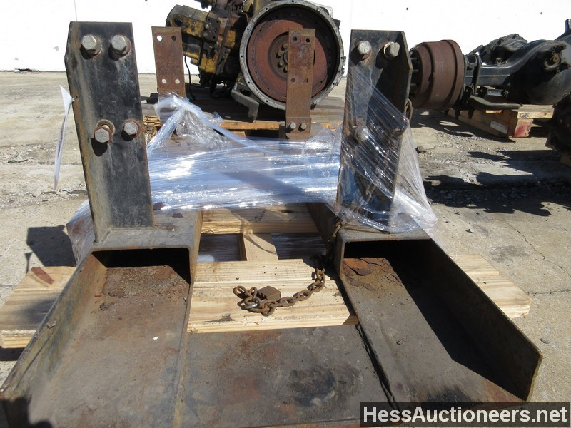USED FRAME MOUNT PALLET JACK MAST FORKLIFT FOR SALE IN PA #20446