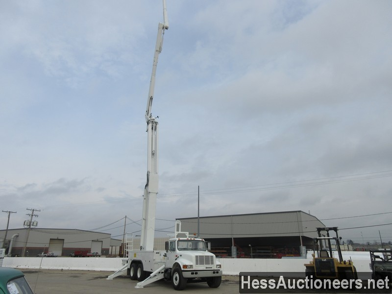 USED 2000 INTERNATIONAL 4900 BUCKET BOOM TRUCK TRAILER #27593-21