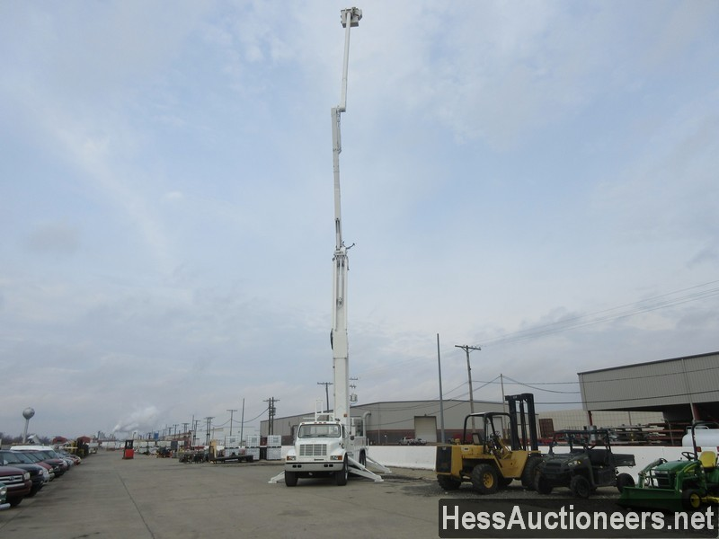 USED 2000 INTERNATIONAL 4900 BUCKET BOOM TRUCK TRAILER #27593-22