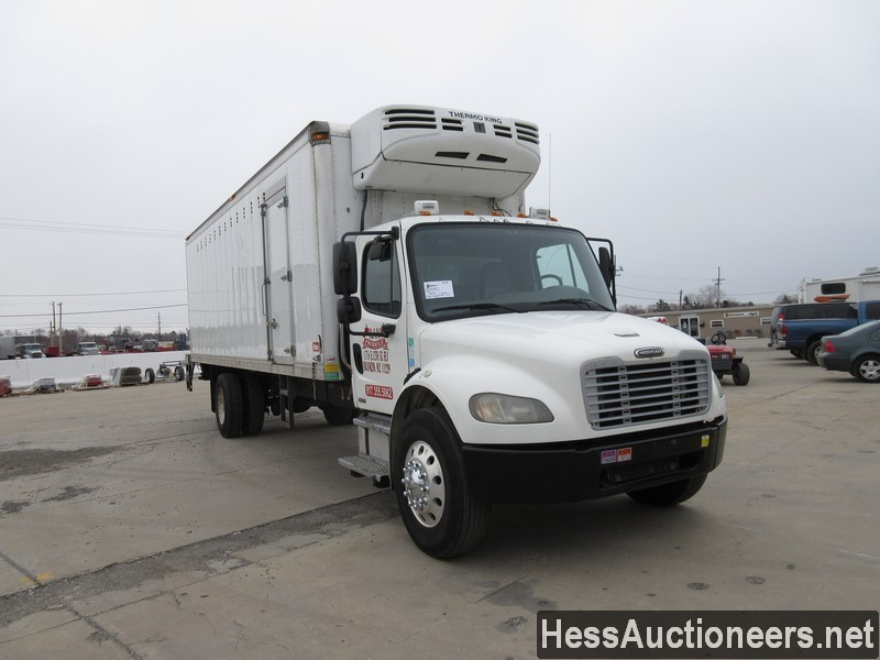 USED 2005 FREIGHTLINER M2 BUSINESS CLASS REEFER TRUCK TRAILER #30034-2