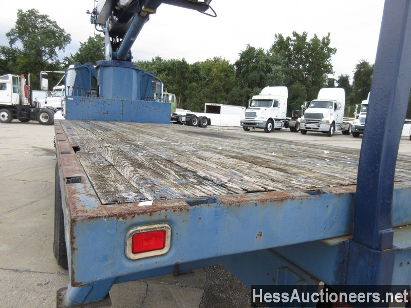 USED 1996 INTERNATIONAL 4700 CRANE TRUCK TRAILER #34387-16
