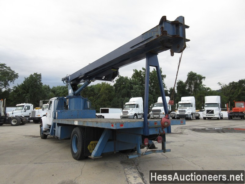 USED 1996 INTERNATIONAL 4700 CRANE TRUCK TRAILER #34387-4
