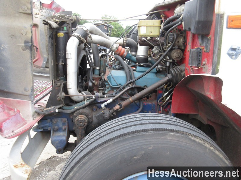 USED 1996 INTERNATIONAL 4700 CRANE TRUCK TRAILER #34387-8