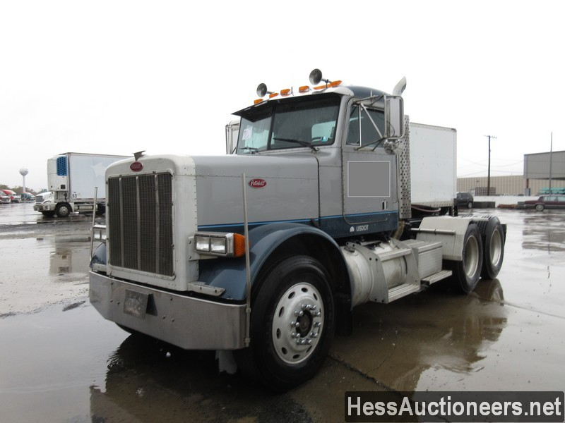 USED 1992 PETERBILT 379 TANDEM AXLE DAYCAB TRAILER #34489