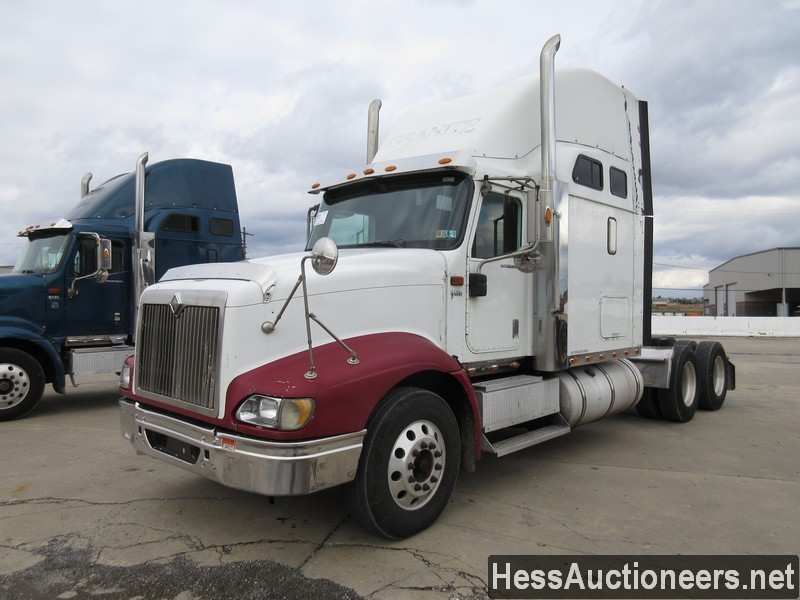 USED 2007 INTERNATIONAL 9400 I TANDEM AXLE SLEEPER TRAILER #35445