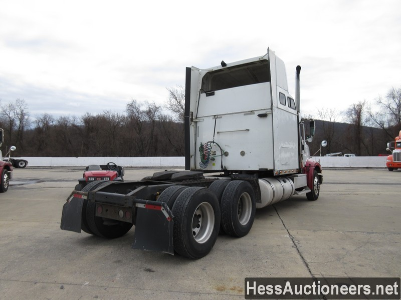USED 2007 INTERNATIONAL 9400 I TANDEM AXLE SLEEPER TRAILER #35445-3