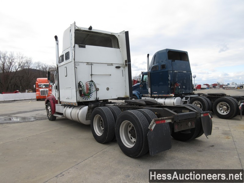 USED 2007 INTERNATIONAL 9400 I TANDEM AXLE SLEEPER TRAILER #35445-4
