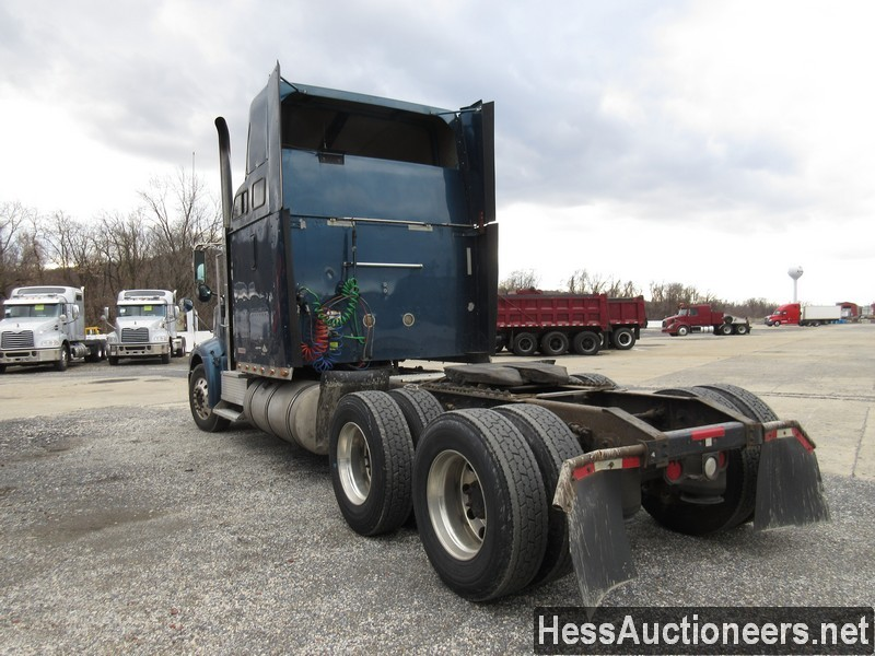 USED 2007 INTERNATIONAL 9400 I TANDEM AXLE SLEEPER TRAILER #35446-4
