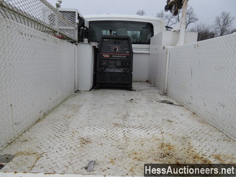 USED 2005 INTERNATIONAL 4300 SERVICE - UTILITY TRUCK TRAILER #35462-17
