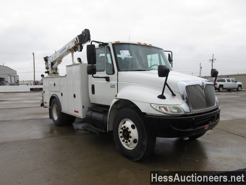 USED 2005 INTERNATIONAL 4300 SERVICE - UTILITY TRUCK TRAILER #35462-2