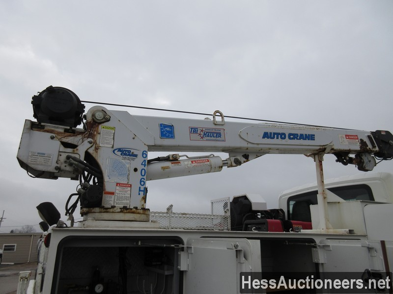 USED 2005 INTERNATIONAL 4300 SERVICE - UTILITY TRUCK TRAILER #35462-20