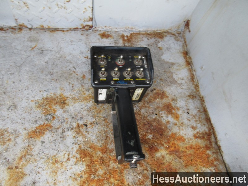 USED 2005 INTERNATIONAL 4300 SERVICE - UTILITY TRUCK TRAILER #35462-23