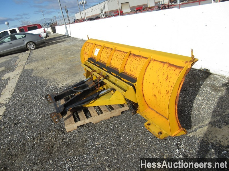 USED FISHER 10' SNOW PLOW ATTACHMENT #35470-3
