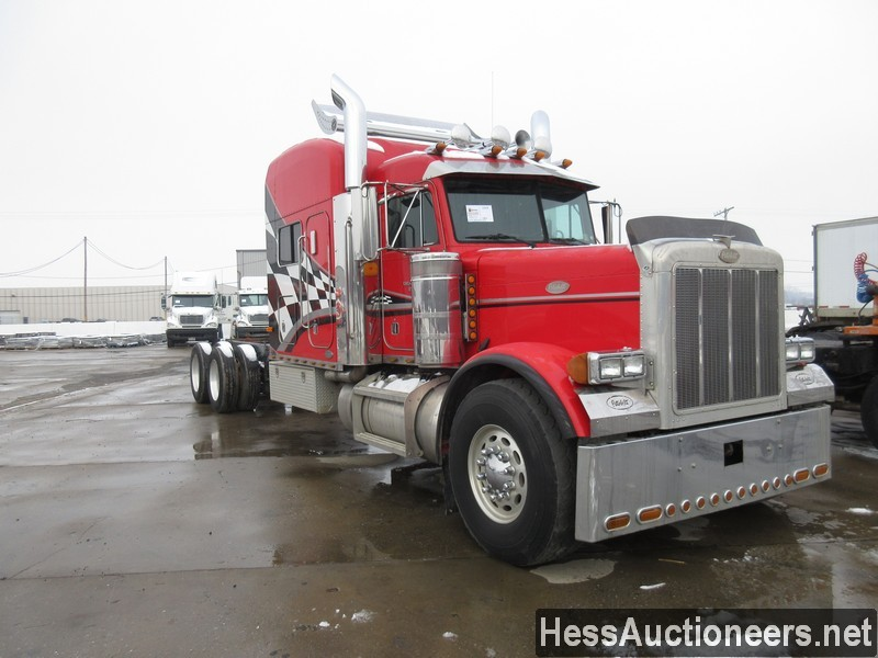 USED 2000 PETERBILT 379 TANDEM AXLE SLEEPER TRAILER #35473-2