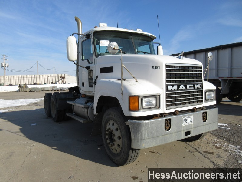 USED 2007 MACK CHN613 TANDEM AXLE DAYCAB TRAILER #35496-2